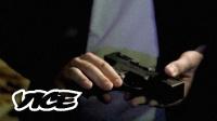 VICE 科技|去暗网里买一把枪