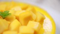 没有烤箱 也能在家轻松制作 美味细腻的芒果慕斯蛋糕 91