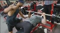 第一次在ZOO健身房练胸-Bradley Martyn