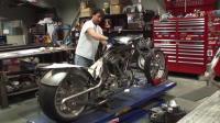 组装哈雷复古风格摩托车, 开出去够带劲!