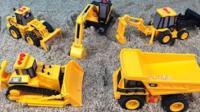 工程车挖土机大型玩具 机器车大战 儿童益智