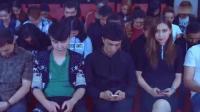 大学老师为了抓上课玩手机的同学, 使出绝招!