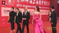 刘亦菲穿红色斜肩晚礼服 网友: 仙气依然十足!
