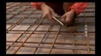 工地上的工人发明的工地机器, 钢筋的捆扎工作很快就能完成