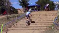 牛人骑着单车爬楼梯, 厉害我的哥!