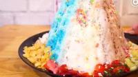 泰国的一家甜品店, 里面有一款七彩冰淇淋水果沙冰, 名字叫甜蜜时光, 请给我也来一份