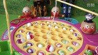 花园宝宝钓鱼比赛日本食玩 面包超人