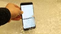 你的手机进水怎么拯救? 国外大神一招解决你的烦恼