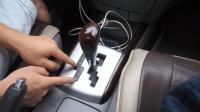 想开好自动挡汽车, 这几个功能很重要, 很多新手让它成了摆设
