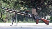 【讲堂102期】抗日电影中的热门武器, 为什么这款武器敌人一听就害怕?