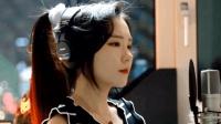 国外侧脸美女JFla演唱: Thunder