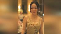 霍思燕穿吊带裙秀姣好身段 胸有痣性感迷人