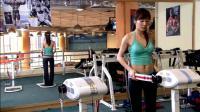 看潘长江怎么在健身房搭讪美女的, 学着点