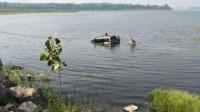 男子驾车带5个孩子冲进水库后溺亡 疑因家庭压力大自杀