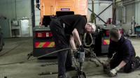 实拍: 沃尔沃最安全的卡车, 看看工程师们对它做了什么测试。。