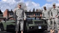 国外为奖励士兵赠送军用兰博基尼, 暗绿色车身, 全车防弹玻璃, 堪称移动堡垒