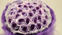 2017这个情人节沫沫妈用一卷丝带一个打火机做出漂亮的手捧丝带玫瑰花视频教程