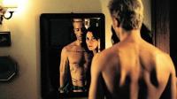 诺兰最烧脑的影片《记忆碎片》充满艺术感的倒放电影, 充分体现非线性剪辑的极致魅力