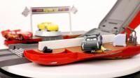 赛车总动员3超大闪电麦昆变形金钢 便携赛道玩具分享 17