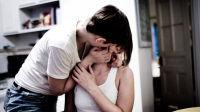 4招帮你1次约会搞定她 女生更喜欢你挑她毛病