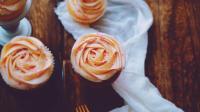 玫瑰草莓奶油芝士杯子蛋糕 甜美少女系的杯子蛋糕一定要尝尝 40