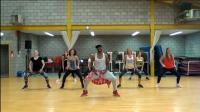 尊巴健身舞全身减脂训练, 跟着视频动起来, 连续跳3次消耗340大卡!