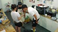 《中餐厅》张亮遭遇首次做饭危机, 被投诉鱼是生的!