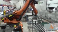 未来3年内机械手可以将取代现代定制板式家具工厂车间里面的小工