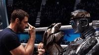 休杰克曼荧幕经典《铁甲钢拳》, 操控机器人拳手化身拳击老爹