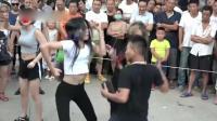 尴尬! 郑州尬舞团走红香港台湾 网友齐喊: 什么时候成全运会项目