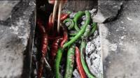 乡村小子把辣椒烤成美食蘸辣, 贵州百姓老少皆宜的一道美食
