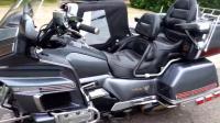 1988年生产的本田摩托车! 款式难得一见而且质感一流