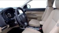 2017小改款三菱欧蓝德 外观炫酷内饰大气的SUV 油电混合动力版