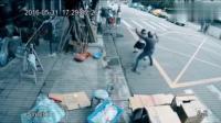 高中女生放学回家遇抢劫, 监控却拍下这让我目瞪口呆的画面, 中华武术的博大精深!