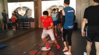 实拍健身房女神, 训练的时候教练为什么要动手呢, 算占便宜吗?