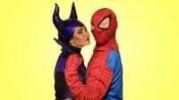 沉睡女巫趁蜘蛛侠睡觉把他变成了玩具 搞笑蜘蛛侠来了第二季