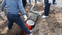 4名盗墓贼挖墓时中毒身亡, 考古专家进入却发现让人脸红的物品