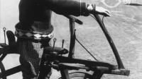罕见视频, 一百多年前的几款自行车试车欣赏, 有一款把人摔惨了
