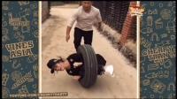 搞笑合集3: 老婆走不动了, 还是轮子快