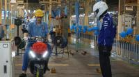 看看摩托车是如何生产下线, 雅马哈福禧125