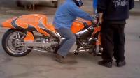 外国的摩托车合集, 一台发动机的价格就比整辆汽车贵