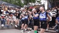 韩国超可爱萝莉组合街头现场可爱舞蹈