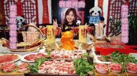 大胃王密子君: 熊猫火锅, 熊猫那么可爱, 但是我还是要吃它
