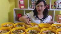 """大胃王少女吃""""10斤肉馄饨""""一口两个, 不服都不行!"""