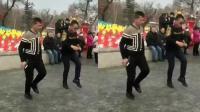 中老年鬼步舞技巧 吉林黑山鬼步舞教学 40岁怎么学鬼步舞