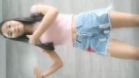 美女舞蹈跳的毫无违和感, 播放超40亿的panama魔性神曲