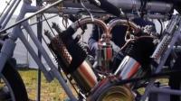 如果你的自行车改装成摩托赛车, 你真的会飞起来