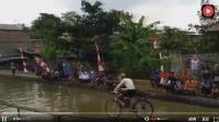 超难自行车挑战独木桥! 车手出场都很帅, 但帅不过3秒