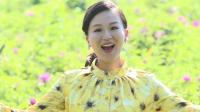 营口盖州农村美女深情演唱《在希望的田野上》, 超级精彩!