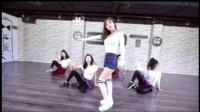 李小璐跳舞模仿泫雅, 网友纷纷吐槽, 你怎么看这段尬舞